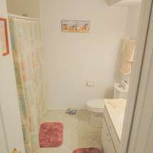 11644-sw-egret-cir-1306-lake-suzy-fl-34269-guest-bathroom