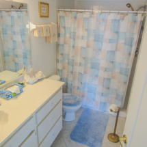 11644-sw-egret-cir-1306-lake-suzy-fl-34269-master-bathroom